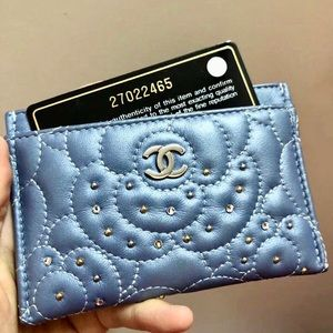 Authentic Chanel SLG Icy Blue Camellia Cardholder